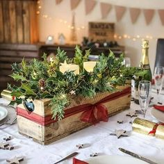 magical christmas centerpieces that you can do in no time 13 Christmas Decor Diy Cheap, Christmas Candle Decorations, Beautiful Christmas Decorations, Christmas Baskets, Farmhouse Christmas Decor, Magical Christmas, Christmas Candles, Simple Christmas, Christmas Crafts