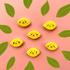 Cute Polymer Clay, Cute Clay, Polymer Clay Charms, Diy Clay, Polymer Clay Earrings, Posca Marker, Clay Art Projects, Ceramic Clay, Cute Crafts