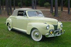 1941 Ford Super Deluxe Converible