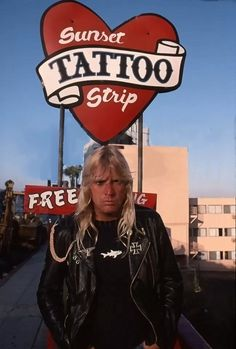 jeff Clash Of The Titans, The Clash, Jeff Hanneman, Reign In Blood, South Of Heaven, Sunset Tattoos, Space Princess, Alternative Music, Thrash Metal
