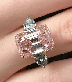Emerald Cut Rose Diamond white gold 18 k engagement. Diamond Jewelry, Jewelry Rings, Jewelery, Jewelry Accessories, Fine Jewelry, Jewelry Design, Gold Jewelry, Jewellery Box, Pink Diamond Ring