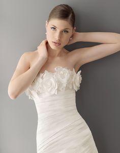 so unique..   Aire Barcelona  2012 Collection   191 / PRISCILA  Taffeta gown, in ecru.