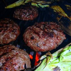 Sundays with Sparky - How to make perfect grilled hamburgers