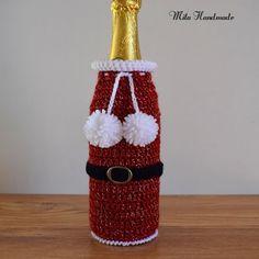 Crochet Christmas Ornaments, Christmas Crochet Patterns, Holiday Crochet, Crochet Gifts, Crochet Mittens Free Pattern, Crochet Patterns Amigurumi, Bottle Crafts, Christmas Projects, Craft Gifts