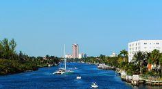 Intracoastal Waterway seen from Deerfield Beach drawbridge (Boca Raton, Florida)