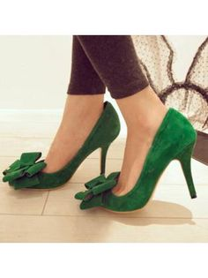 Fantasy Cross Bow-tie Embellished Pointed Toe Pumps