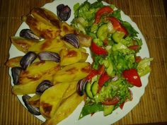 Ada's World: Cartofi la cuptor (Rina-amidon) Rina Diet, Diet Recipes, Healthy Recipes, Healthy Food, Sprouts, Zucchini, Stuffed Peppers, Chicken, Vegetables