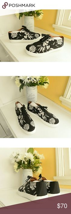 Black & White Painted Floral Neoprene Sneakers These are adorable monochromatic floral modernist-art sneakers designed by Los Angeles-based designer Rozae Nichols, of Clover Canyon. Versatile style, and high durability. Brand new, in box. The price on these is firm, unless bundled, please.  Enjoy! Clover Canyon Shoes Sneakers