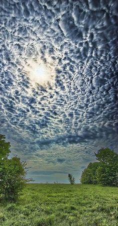 Удивительные облака Кортни