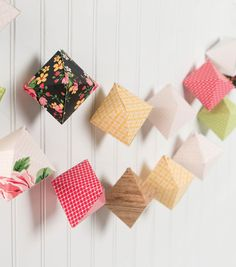 Diamond Box Banner Garland
