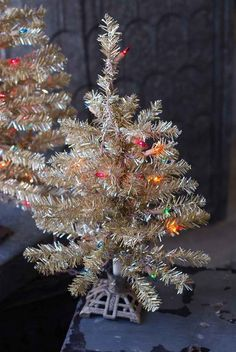 4ac61ee13880 9 Best Full and Regular Size Artificial Christmas Trees images ...