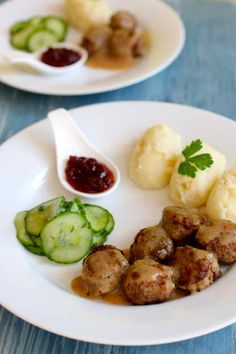 Kottbullar are the famous Swedish meatballs made with pork and beef that are traditionally served with a creamy gravy, pressgurka (pressed cucumbers), lingonberry jam and potatismos (mashed potatoes).