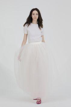 Robe de mariée style princesse moderne, sweat et jupe tutu - Robe: Houghton Bridal 2015 Wedding Dress Collection - La Fiancée du Panda blog Mariage & Lifestyle