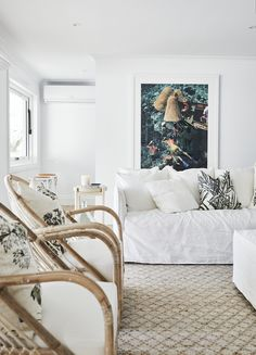 How to make art stand out? 🤷🏼♀️ You can make it the hero of the room by surrounding it with whites and neutrals, like we did here. Then there's no competition for where your eyes are drawn to 👀 Art by Living Room Colors, Small Living Rooms, Living Room Designs, Living Room Furniture, Living Room Decor, Hamptons Living Room, White Chair Covers, Three Birds Renovations, Art Stand