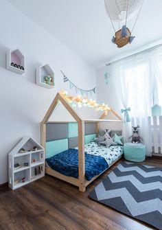 Kinderbetten - Kinderbett / Traumhaus 90x160cm + 2 Kissen Stern - ein Designerstück von Mia-and-Lou bei DaWanda