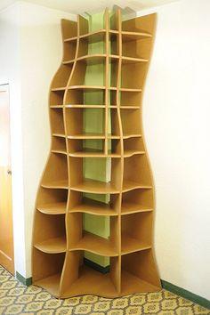 """SOCA"" Customized corner bookcase"