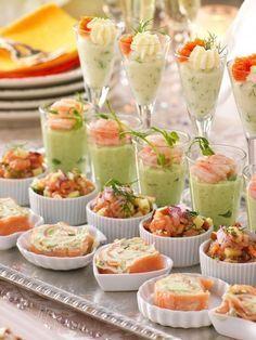 Dags att skåla in det nya året! Fruit Appetizers, Appetizer Recipes, Snack Recipes, Tapas, Party Finger Foods, Swedish Recipes, Appetisers, Food Inspiration, Love Food