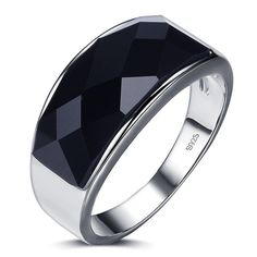 High Quality Black Agate Gem Stone 925 Sterling Silver Men Ring. Setting Type:Bezel Setting   Material:Semi-precious Stone   Shape\pattern:Star   Metals Type:925 sterling silver   Item is sent from outside the U.S., Please allow 15 - 35 business days for the item to arrive.