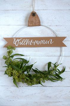 Selfmade door wreath with ivy Christmas Decorations For The Home, Christmas Swags, Etsy Christmas, Holiday Decor, Paper Flower Wall, Flower Wall Decor, Paper Flowers, Diy Wall Decor For Bedroom, Bedroom Wall Designs