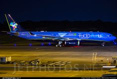 Azul Linhas Aereas Airbus A330-243 Azul Brazilian Airlines, Airbus A330, Aircraft Painting, Photo Online, Planes, Engine, Photography, Night, Saints