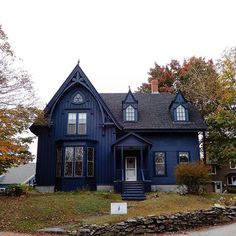 Gothic Revival house in Wiscasset, Maine, USA ~. Ideas Cabaña, Casa Retro, Cute House, Sims House, Gothic House, House Goals, Victorian Homes, My Dream Home, Old Houses