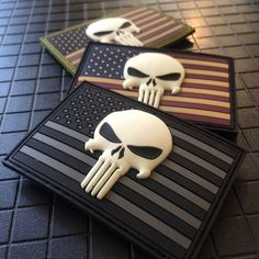 Glow In The Dark Punisher Skull & American Flag Patch Army Patches, Pvc Patches, Tactical Patches, Tactical Gear, American Flag Wallpaper, American Flag Patch, Punisher Skull American Flag, Punisher Logo, Punisher Tattoo