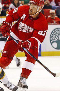 The Mule Johan Franzén - Detroit Red Wings Men s Hockey 75b4a3790