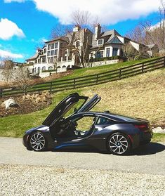 Check out this #BMW #i8 in front of a $19,000,000 stone mansion in New York! Luxury Life, Luxury Living, Multi Million Dollar Homes, Michael Louis, Stone Mansion, Mega Mansions, Pretty Cars, Modern Mansion, Expensive Houses