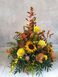 Autumnal arrangement in bright yellows. Florist London, Crocosmia, Same Day Flower Delivery, Oak Leaves, Autumnal, Yellow Roses, Fall Season, Surrey, Lilies