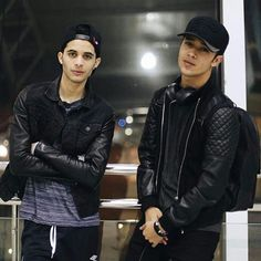 Read 😍😍😍 from the story CNCO fotos💞 by LucaPatrn (❤Cncowner❤Criaturita ❤) with 79 reads. Celebrity Outfits, Celebrity Crush, Brian Colon, Five Guys, My Boo, Emo Boys, Friend Pictures, Boy Bands, Cool Kids