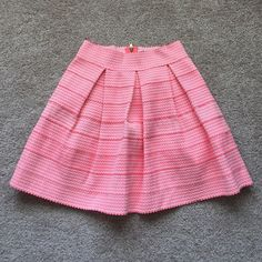 """NWT Francesca's pink shirt sz med Beautiful neon pink and white structured skirt ! Thicker material that stretches. Would easily fit size small. Length is 17.5"""" Francesca's Collections Skirts"""