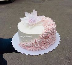 No photo description available. Cupcakes, Cupcake Cakes, Pink Birthday Cakes, Elegant Wedding Cakes, Rose Cake, Gorgeous Cakes, Occasion Cakes, Girl Cakes, Buttercream Cake
