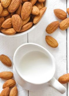 gesunde Alternative: Mandelmilch