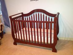 Looking for a beautiful crib at a great price in Sarnia, Ontario? Follow the link to get all of the details and this wonderful sleigh bed crib!