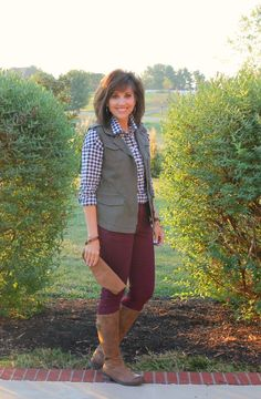 26 Days of Fall Fashion (Day - Cyndi Spivey Fashion Over 50, Fashion Days, Fashion Beauty, Fashion Outfits, Plum Pants, Burgundy Pants, Olive Vest, Fall Outfits, Cute Outfits