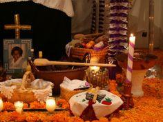 8 elementos del altar de muertos que ya se usaban en tiempos prehispánicos