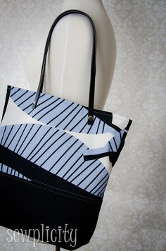 TUTORIAL: Leather/Canvas Tote- has instructions for lining and leather