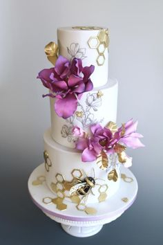 Blooms&Bees - cake by tomima