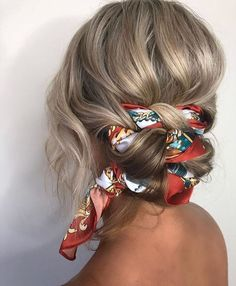 These super-easy summer hairstyles are perfect for wearing to the pool, at the beach, or on a hot, sweaty day. hair styles 11 Easy Summer Hairstyles You Can Copy Right Now Braided Bun Hairstyles, Headband Hairstyles, Bob Hairstyles, Headband Updo, Teenage Hairstyles, Wedding Hairstyles, Braided Updo, Hair With Bandana, Hair Styles With Bandanas