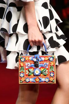 Dolce & Gabbana Spring 2015 Ready-to-Wear - Details - Gallery - Look 72 - Style.com