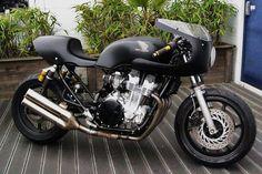 Honda CB750 Nighthawk cafe racer custom