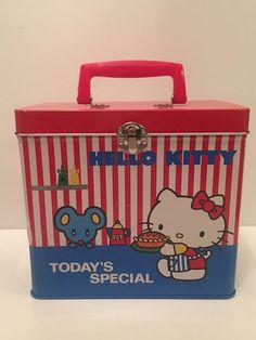 Vintage Hello Kitty Tin Lunchbox Case Box RARE Storage Toy Collectable  Sanrio 127b9207d7