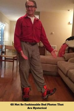 65 Not So Fashionable Dad Photos That Are Hysterical #fashion #dad #photos #hysterical Funny Today, Trending Today, Magic Tricks, Dog Quotes, Food Design, Amazing Nature, Photo S, Cute Dogs, Dads