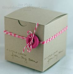 This Pink Rooster: Simple - Kraft Boxes with Baker's Twine. http://www.nashvillewraps.com/ribbon/bakers-twine/c-024593.html http://www.nashvillewraps.com/gift-boxes/kraft-gift-boxes/c-003116.html