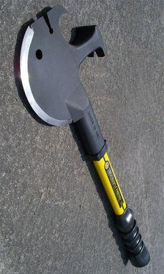 Off Grid Tools Trucker's Friend All Purpose Survival Axe Hammer Tool Multi Purpose Tool @aegisgears
