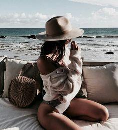 Malibu Kalifornien entdeckt von 𝕗𝕒𝕣𝕚𝕕𝕒 auf We Heart It - Mode - Bikini Photo Summer, Summer Photos, Beach Photos, Summer Beach, Summer Vibes, Blue Beach, Bikinis Tumblr, Fotos Strand, Trendy Swimwear