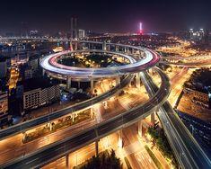 Shanghai loop / Jens Fersterra