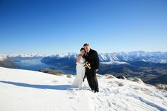 Remarkables Heli-Wedding, Queenstown, New Zealand. Wedding organised by www.theweddingcompany.co.nz.  Photograph by www.alpineimages.co.nz