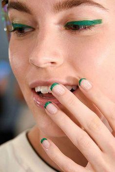 french manicure, minimalist manicure, минималистичный маникюр