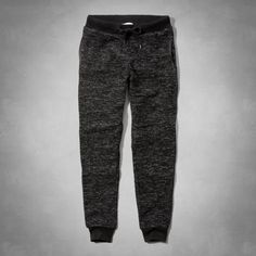 Joggers are now socially acceptable to wear on an everyday basis. - SWEAT IN STYLE: Stay Stylish in Gym with these 22 Picks #gym #athleisure #trend #fashion